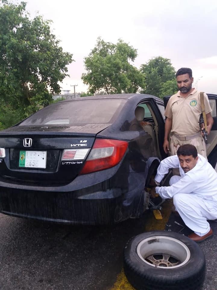Anti Narcotics Force Peshawar seized 12 KG Hash 3- FearlessWarriors.PK