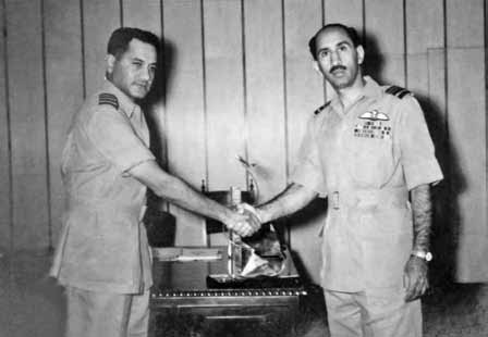 Gp Capt Zafar Masud (Station Commander PAF Sargodha) receiving Air Mshl Nur Khan in his office at Sargodha - Ghazi of 1965 War - FearlessWarriors.PK