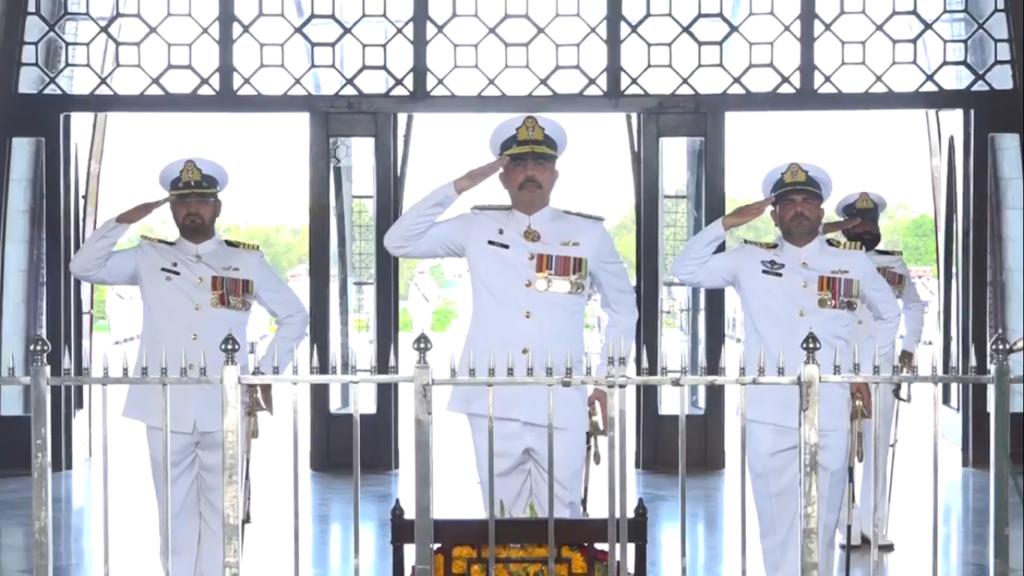 Pakistan Navy cadets contingent assumed ceremonial guard duties at Mazar-e-Quaid 14 Aug 2019- FearlessWarriors.PK