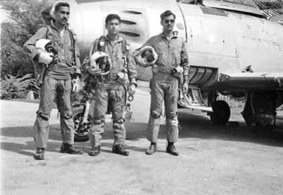 Three member team (Wg Cdr Anwar Shamim in centre, flanked by Flt Lt Cecil Chaudhry and Flt Lt Imtiaz Bhatti )which destroyed the Amritsar radar during 1965 war - FearlessWarriors.PK