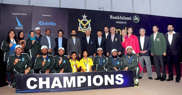 Air Chief Marshal Mujahid Anwar Khan, Chief of the Air Staff, Pakistan Air Force along with the distinguished guests and winners at the Closing Ceremony of 2nd CAS International Open Sailing Champioship-2019 at PAF Airmen Academy, Korangi Creek.