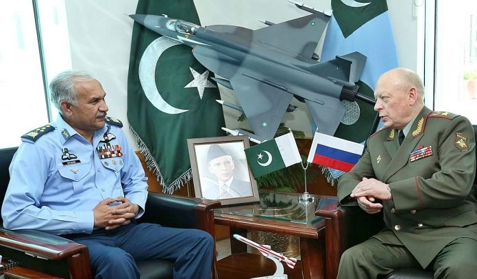 General Oleg Salyukov, Commander-in-Chief Russian Ground Forces called in Air Chief Marshal Mujahid Anwar Khan, Chief of the Air Staff, Pakistan Air Force at Air Headquarters.