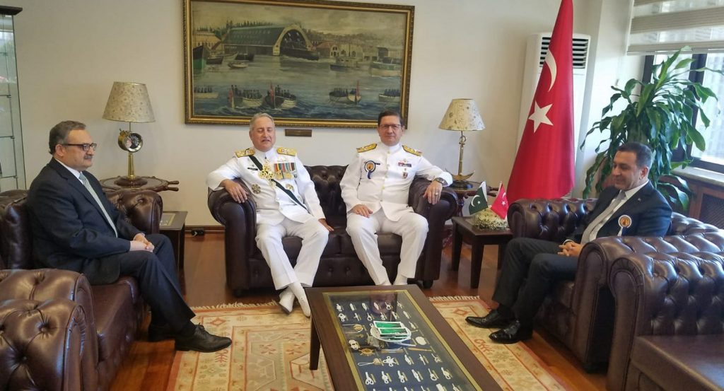 Chief of Naval Staff of Pakistan with Turkish Naval Chief at Istanbul on 29 September - FearlessWarriors.PK