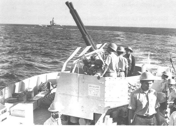 Battle-Station-on-board-PNS-Tippu-Sultan-FearlessWarriors.PK_