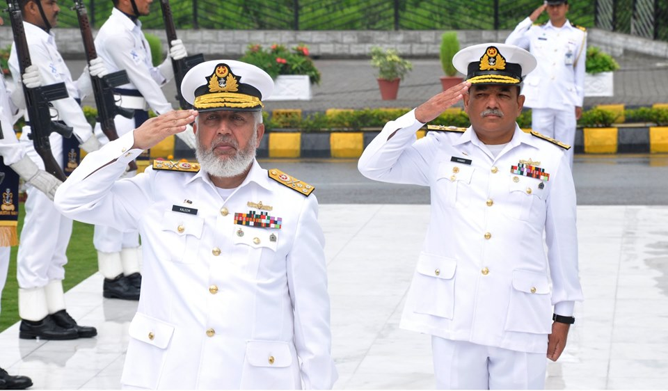 Pak Navy pays tribute to the Shuhada & Ghazis on defence day 2019