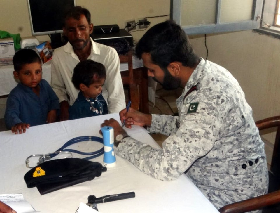 Pak Navy serving the nation, provides free medical treatment in Balochistan - fearlesswarriors.pk