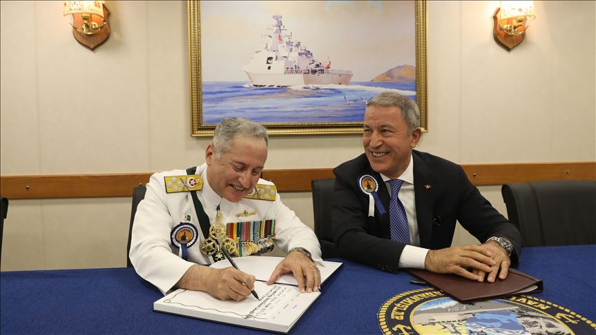 Sep 29th 2019 - National Defense Minister Hulusi Akar met with Admiral Zafar Mahmood Abbasi , Pakistan Navy Commander . - FearlessWarriors.PK