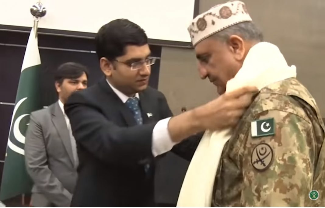 We stand with our Kashmiri brothers and sisters & shall never disappoint them COAS - FearlessWarriors.PK